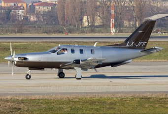 LX-JFF - Jetfly Aviation Socata TBM 700