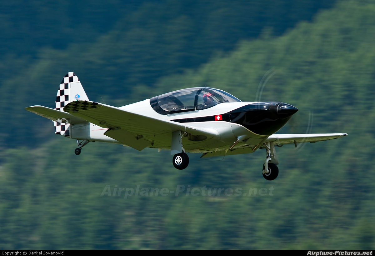 N90341 - Private Globe GC-1B Swift at Samedan - Engadin