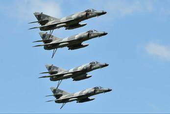 10 - France - Navy Dassault Super Etendard