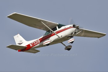N73318 - Private Cessna 172 Skyhawk (all models except RG)