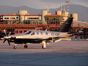 EC-KQP - Private Socata TBM 700