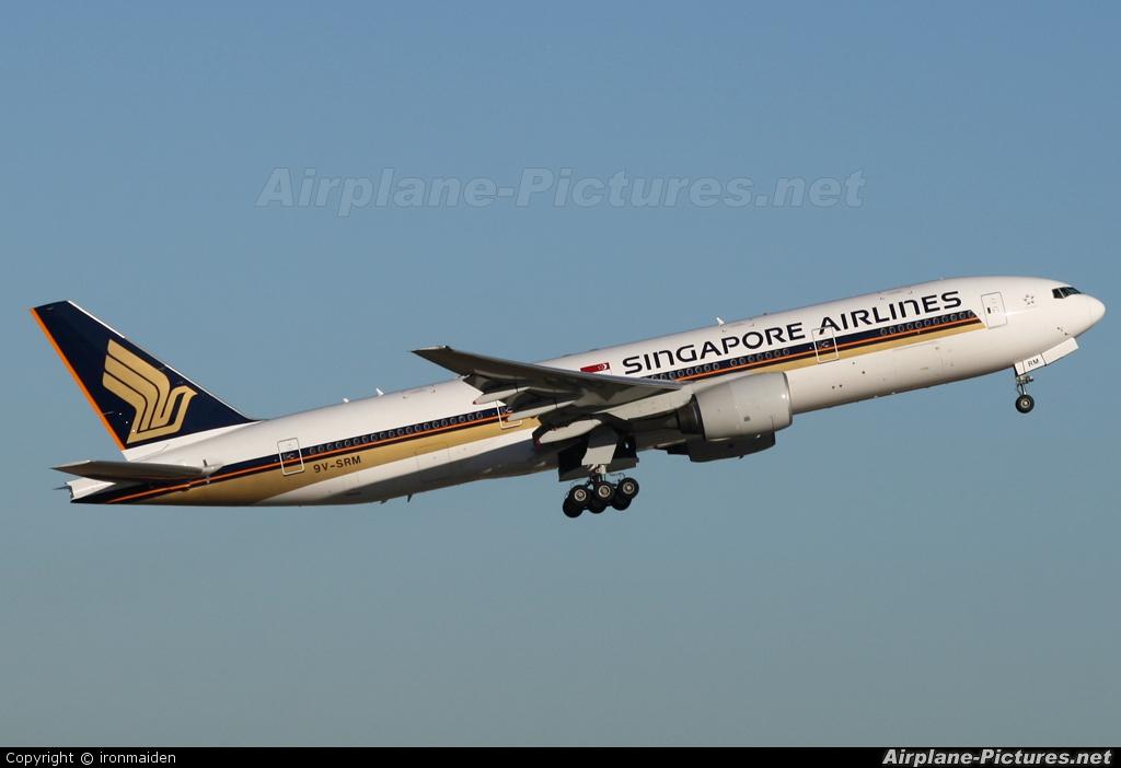 Singapore Airlines 9V-SRM aircraft at Perth, WA