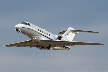 ZS-DDT - Private Hawker Beechcraft 4000 Horizon