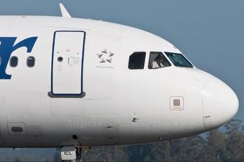 EC-ICL - Spanair Airbus A320