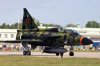 37813 - Sweden - Air Force SAAB SK 37 Viggen