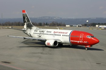 LN-KKR - Norwegian Air Shuttle Boeing 737-300