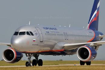 VP-BKY - Aeroflot Airbus A320