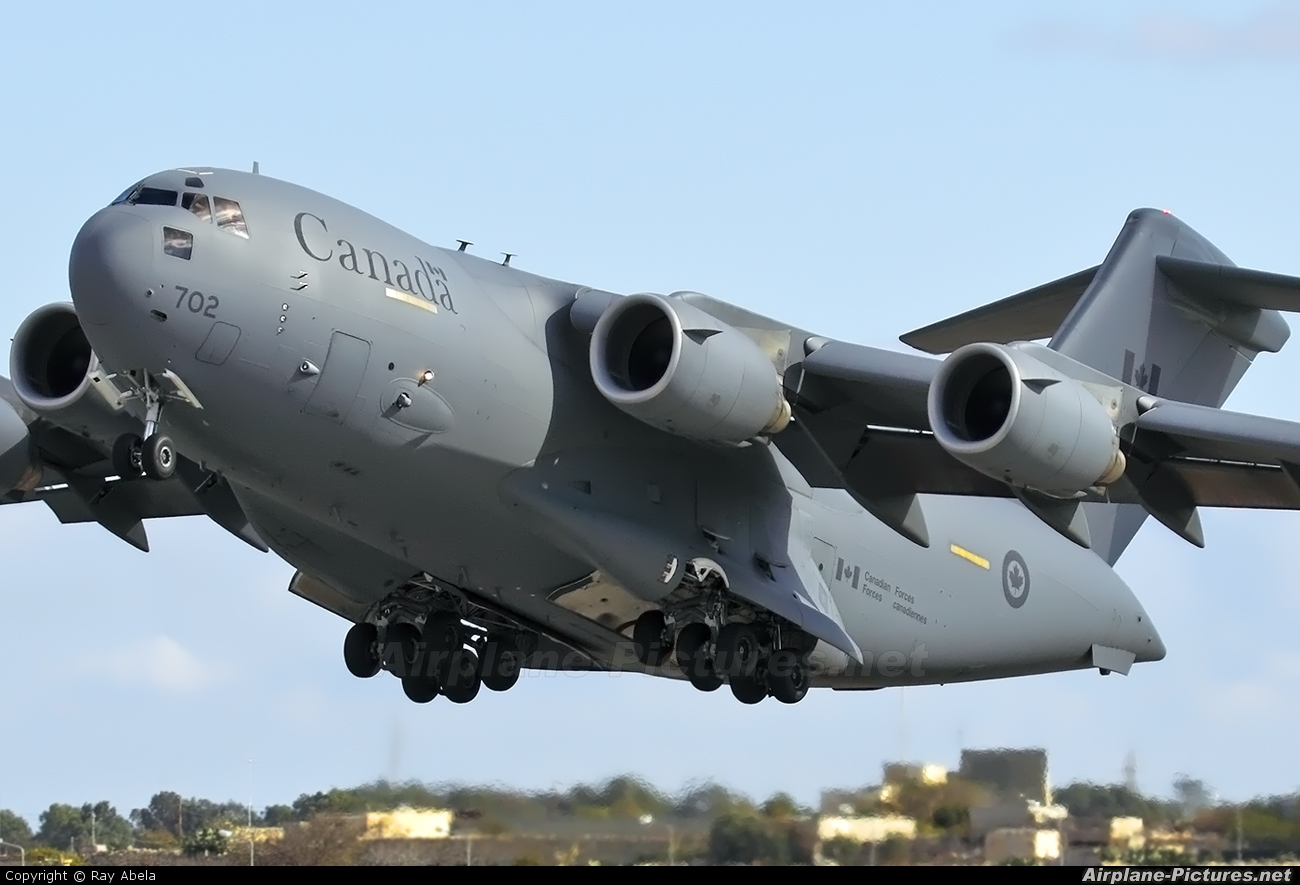 177702 - Canada - Air Force Boeing CC-177 Globemaster III at Malta Intl | Photo ID 114710 | Airplane-Pictures.net