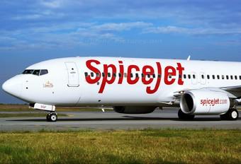 VT-SGF - SpiceJet Boeing 737-800