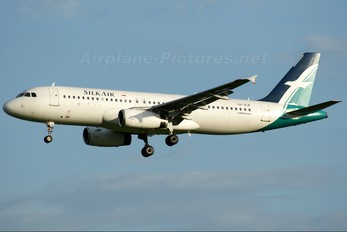 9V-SLB - SilkAir Airbus A320