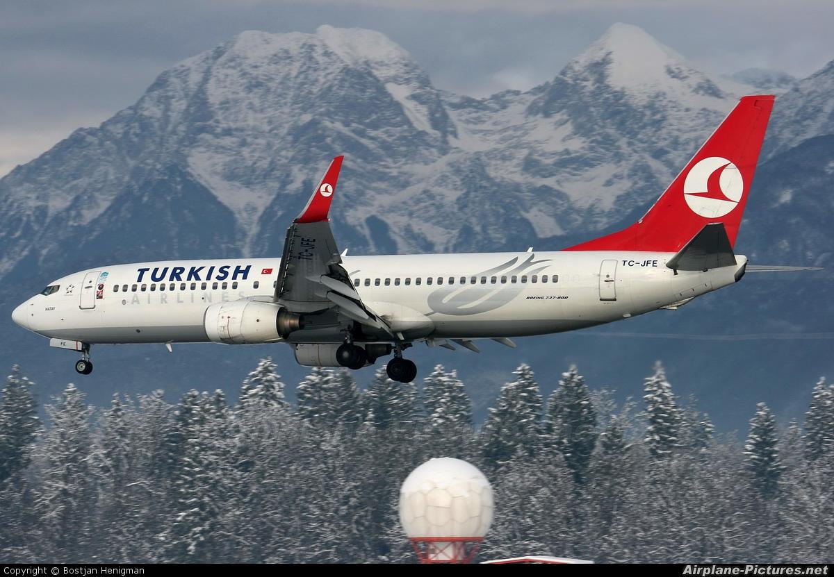 Turkish Airlines TC-JFE aircraft at Ljubljana - Brnik