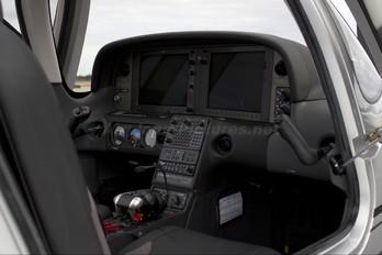 N355MJ - Cirrus Flight-Training Cirrus SR22