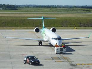 CX-CRB - Pluna Canadair CL-600 CRJ-900
