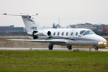 I-IPIZ - Private Hawker Beechcraft 400A Beechjet