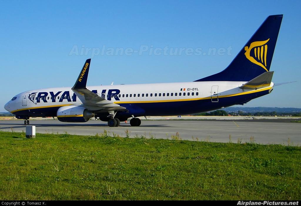 Ryanair EI-DYL aircraft at Rzeszów-Jasionka