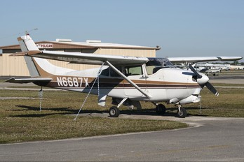 N6687X - Private Cessna 210 Centurion