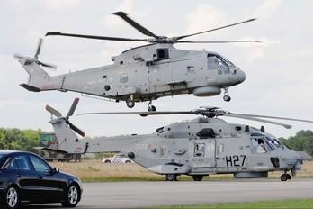 CSX81579 - Italy - Navy NH Industries NH-90 TTH