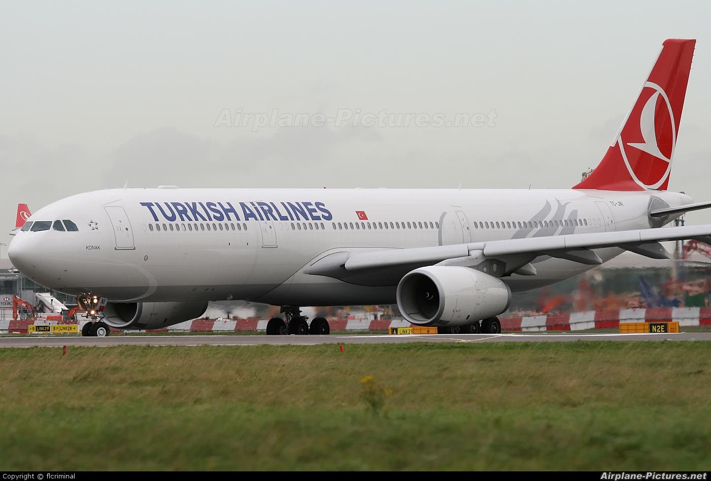 Turkish Airlines TC-JNI aircraft at London - Heathrow