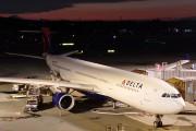 N819NW - Delta Air Lines Airbus A330-300 aircraft