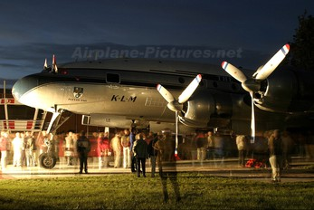 N749NL - Private Lockheed C-121A Constellation