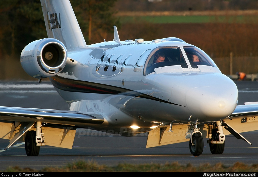 Private G-HEBJ aircraft at Edinburgh