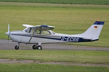 D-ECSS - Private Cessna 172 Skyhawk (all models except RG)