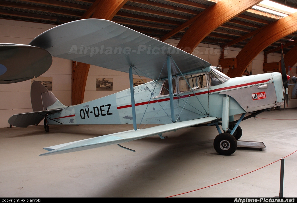 Private OY-DEZ aircraft at Stauning