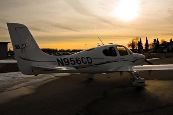 N956CD - Private Cirrus SR22