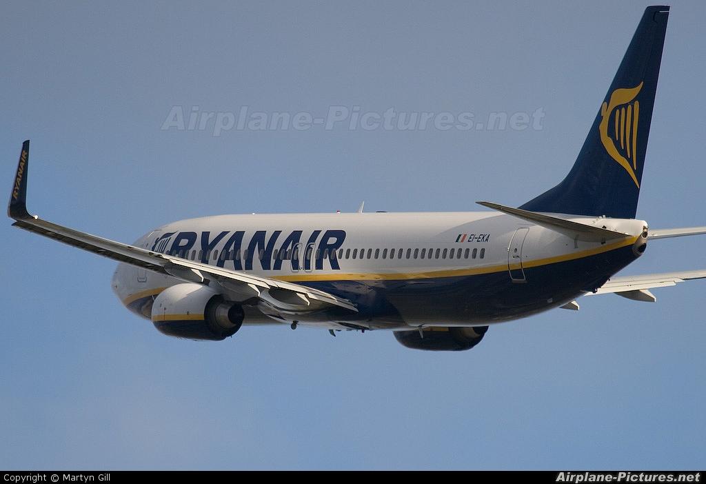 Ryanair EI-EKA aircraft at Leeds Bradford