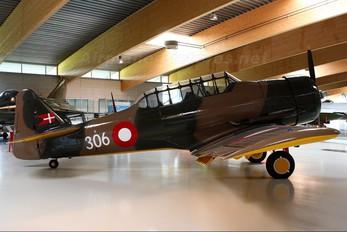 306 - Denmark - Air Force North American Harvard/Texan (AT-6, 16, SNJ series)