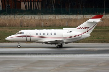 N444MG - Private Hawker Beechcraft 800XP