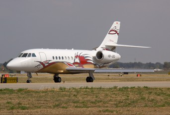 HB-JEG - Comlux Aviation Dassault Falcon 2000 DX, EX