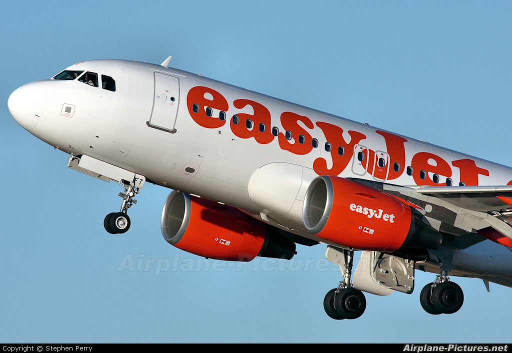easyJet G-EZFT aircraft at Edinburgh