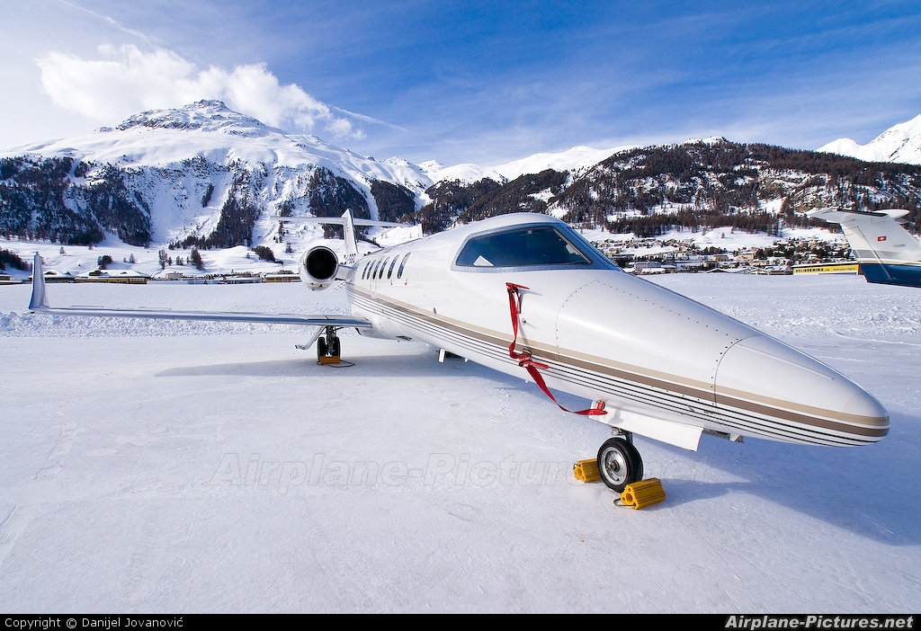 Private OE-GGC aircraft at Samedan - Engadin