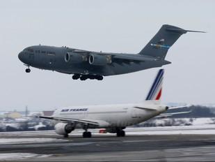 07-7174 - USA - Air Force Boeing C-17A Globemaster III