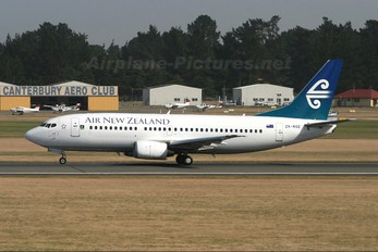 ZK-NGE - Air New Zealand Boeing 737-300