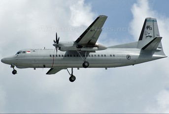 713 - Singapore - Air Force Fokker 50