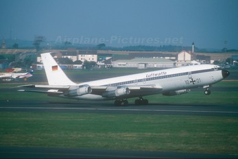 10+01 - Germany - Air Force Boeing 707