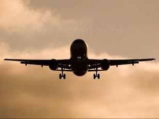 EC-HDO - Iberia Airbus A320
