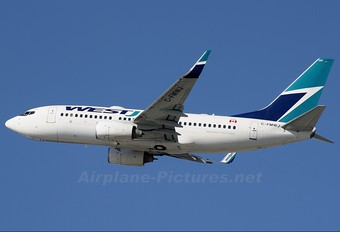 C-FMWJ - WestJet Airlines Boeing 737-700
