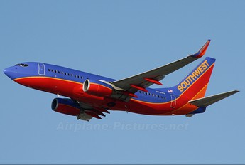 N413WN - Southwest Airlines Boeing 737-700