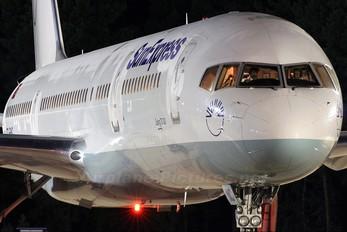 TC-SNC - SunExpress Boeing 757-200