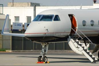 N888LK - Private Gulfstream Aerospace G-V, G-V-SP, G500, G550
