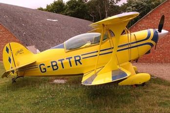 G-BTTR - Private Pitts S-2A Special
