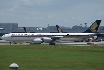 9V-SGC - Singapore Airlines Airbus A340-500