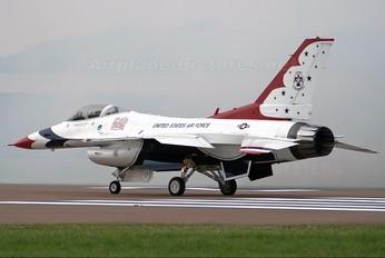 87-0303 - USA - Air Force : Thunderbirds General Dynamics F-16C Fighting Falcon