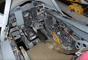 - - Simulator Convair F-106 Delta Dart