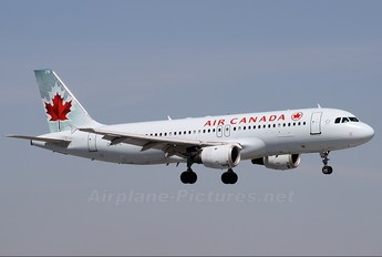 C-FGYL - Air Canada Airbus A320