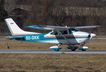 S5-DKK - Private Cessna 182 Skylane (all models except RG)