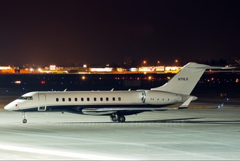 N711LS - Private Bombardier BD-700 Global 5000